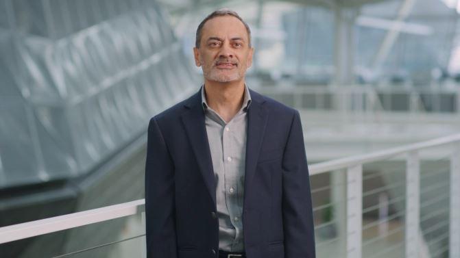 Mr Manuvir Das Manuvir Das, Head of Enterprise Computing.